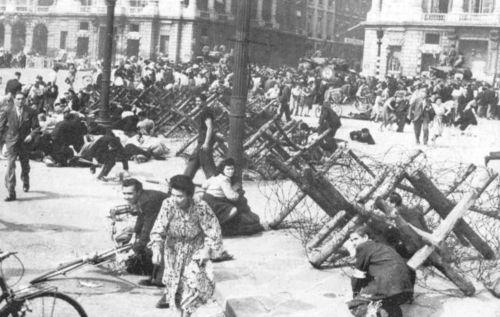 France barricades