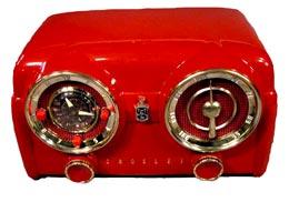 Antique-radio-red