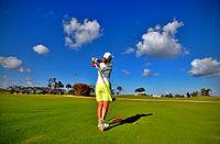 200px-Lady_golfer
