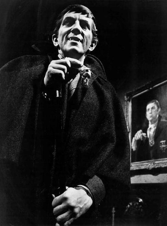 Jonathan_Frid_Barnabas_Collins_Dark_Shadows_1968