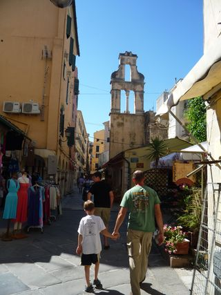 Tyson Femmes photo 3 Corfu Town