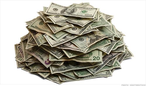 131105153905-wealthy-pile-of-cash-620xa