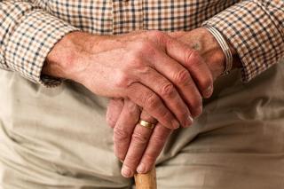 Hands-981400__340